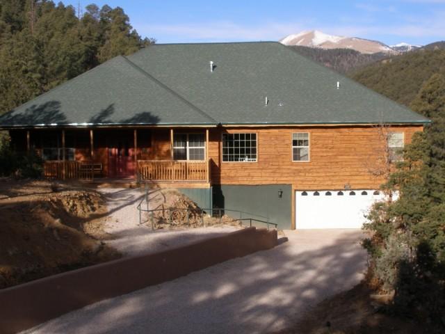 Twin Mountain Cabin in summer